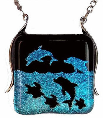 Dichroic Dolphins With Turtles