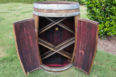 Classic Style Wine Bar